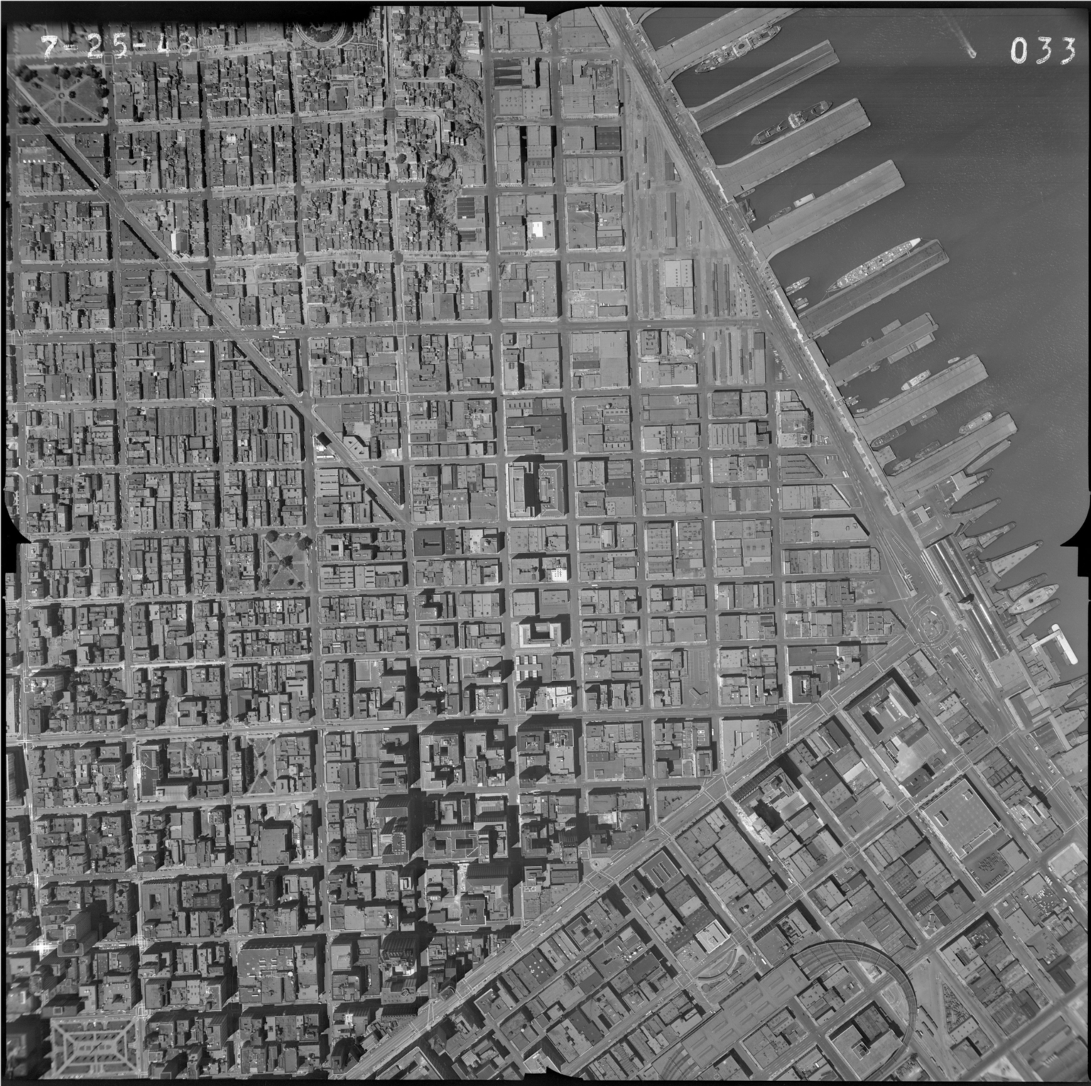 33. San Francisco Aerial Photo Survey.